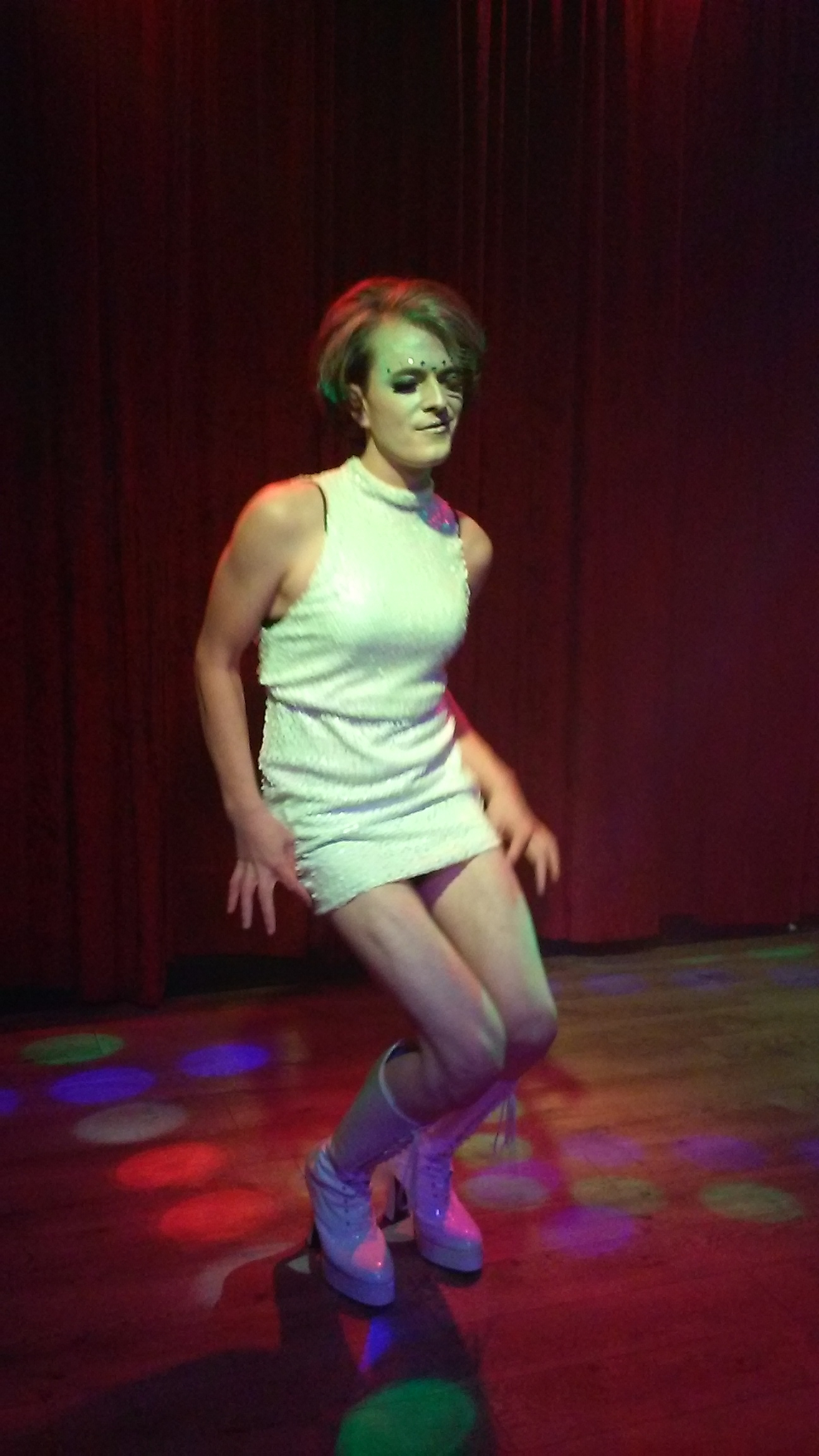 Dragshow 20151121 DungeonsDragQueens 10