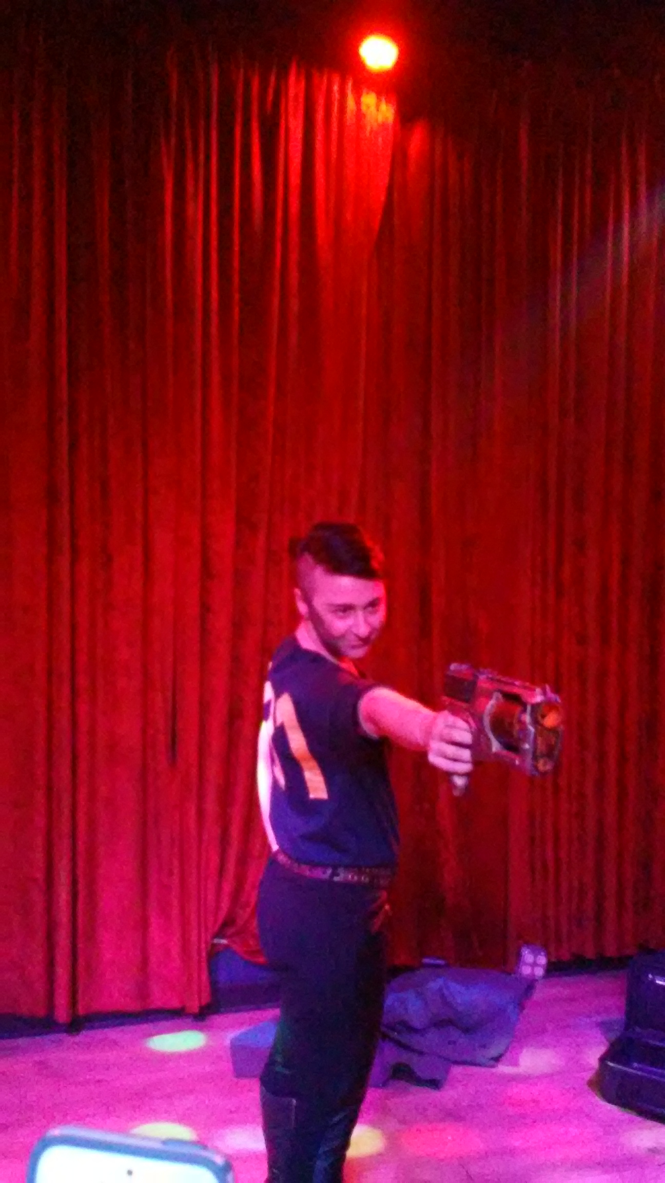 Dragshow 20151122 DungeonsDragQueens 28